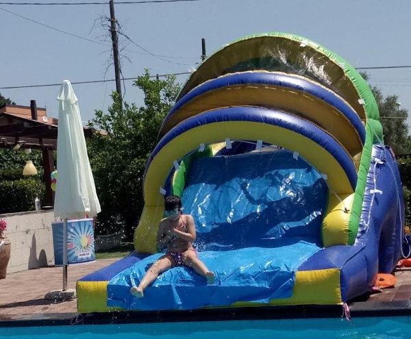 scivolo acquatico piscina